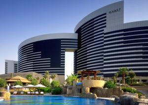grand_hyatt_dub_ext_lge